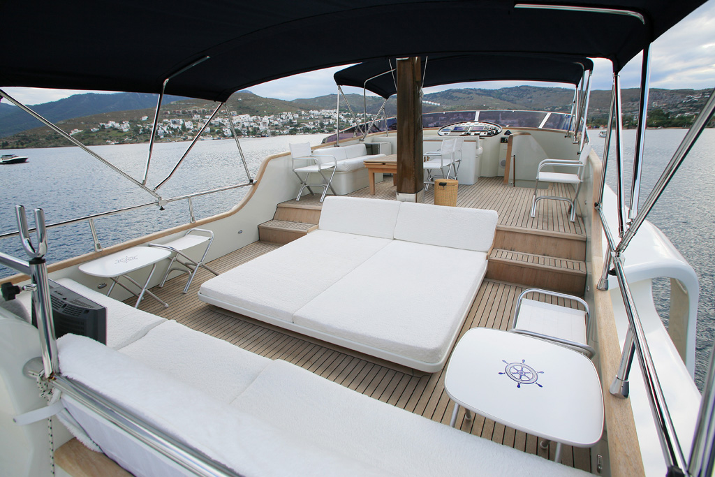 DALI,MOTOR YACHTS, Yachts for Rent, Yacht Charter, Yacht Rental