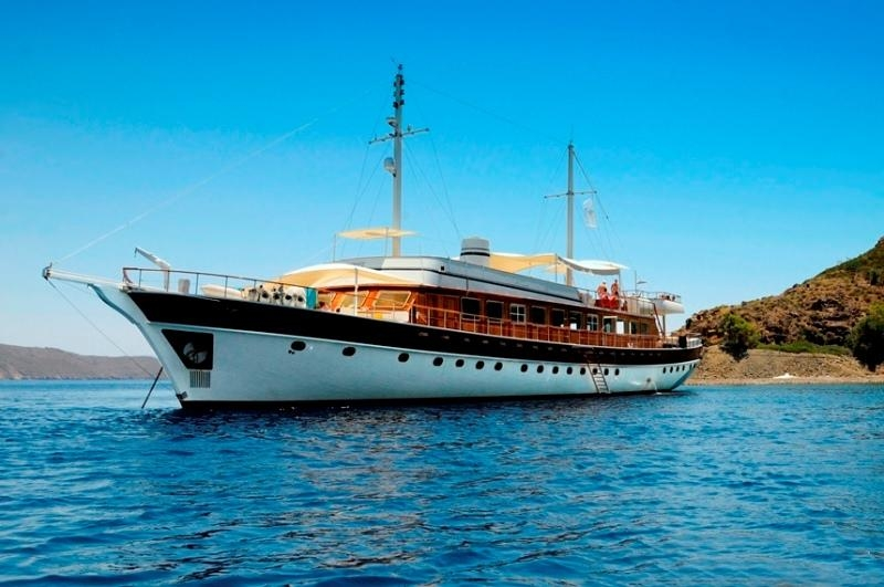 HALIS TEMEL,DELUX GULETS, Yachts for Rent, Yacht Charter, Yacht Rental
