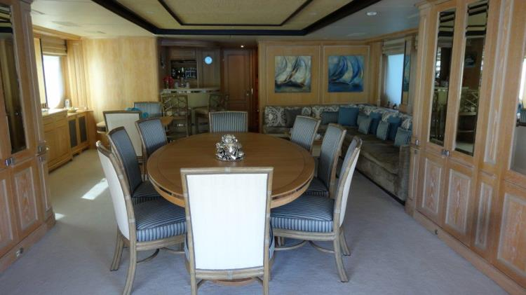 QUEST R,MOTOR YACHTS, Yachts for Rent, Yacht Charter, Yacht Rental